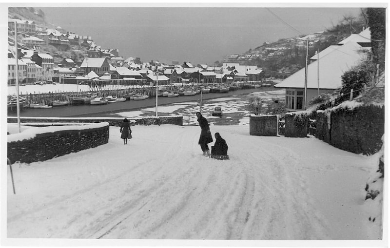 Snow at Looe