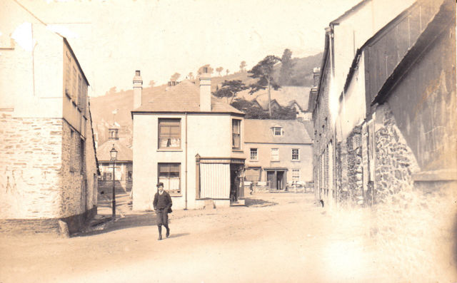 West Looe Square