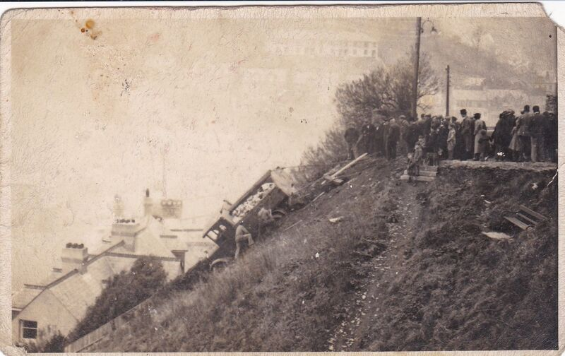 Dustcart that crashed over Eastcliff, East Looe